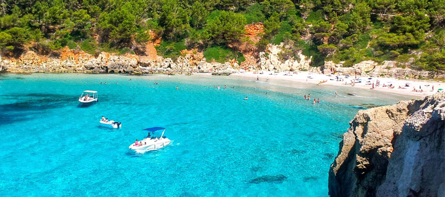 best beaches in Menorca_Cala Mitjana
