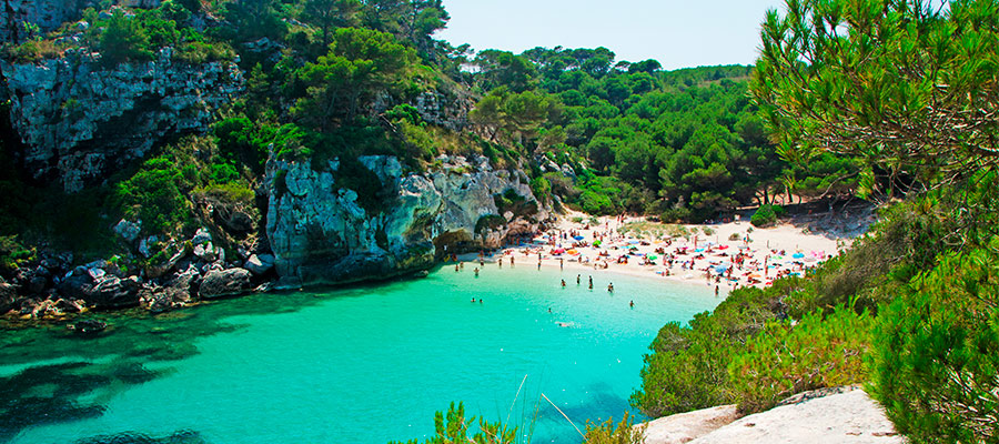 best beaches in Menorca_Cala Pregonda