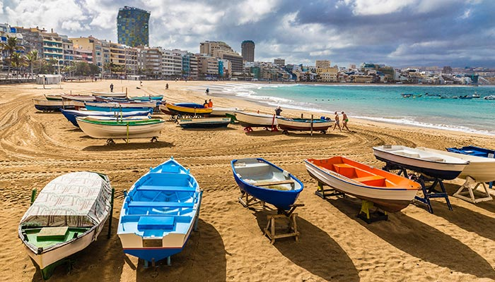 best beaches in Spain, Las Canteras (Las Palmas de Gran Canaria)