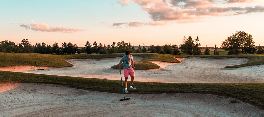 sports to practice as a couple, Golf