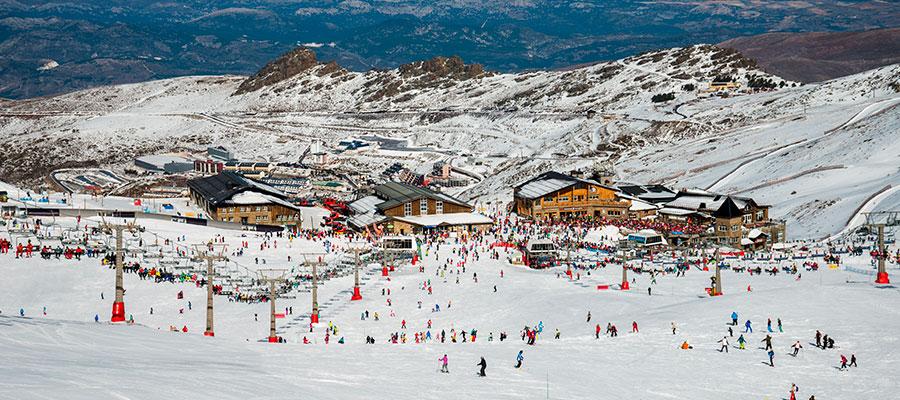 destinations to travel during christmas, Sierra Nevada (Granada)