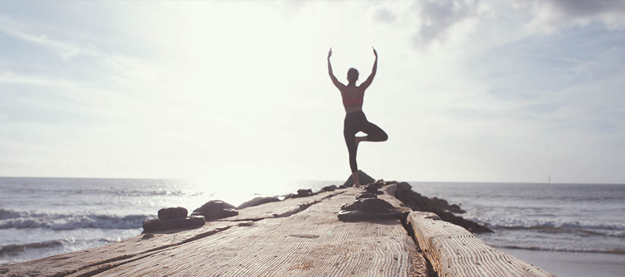 sports to practice as a couple, Yoga