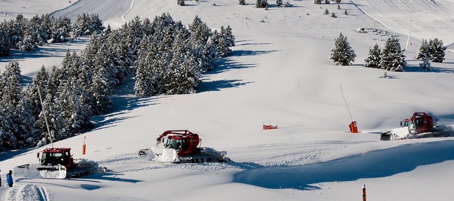 The Best Ski Resorts In Spain For The Season - The 10 best winter sports and where to find them
