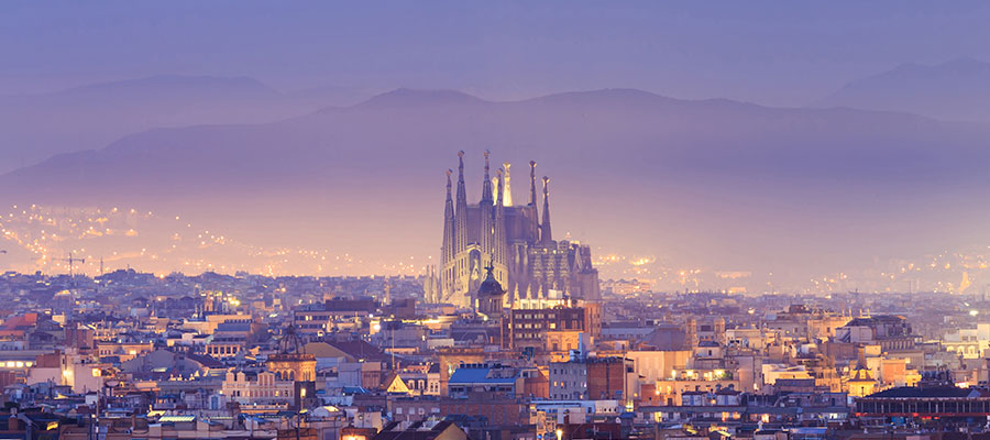 destinations to travel during christmas, Barcelona