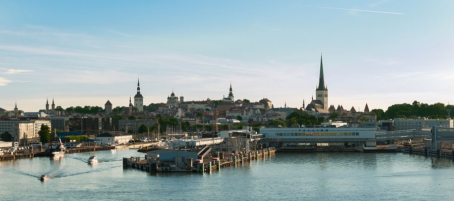 destinations to travel during christmas, Tallin