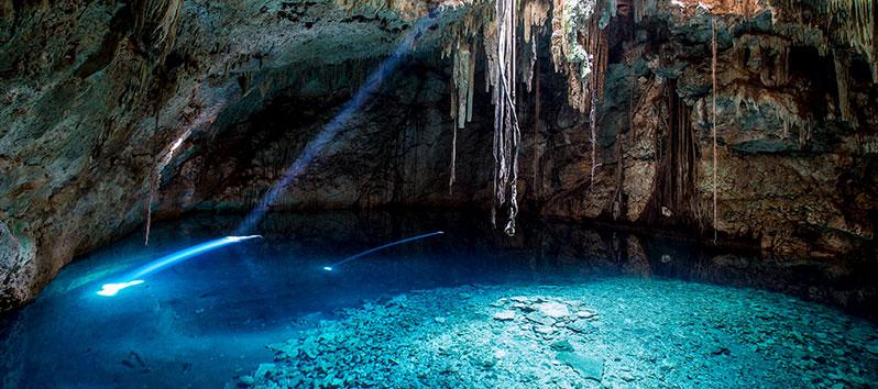 mejores lugares para unas vacaciones deportivas, Cenotes (México)