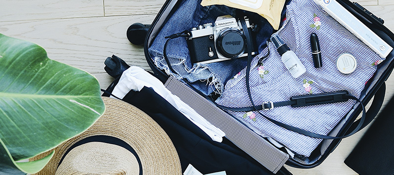 consejos para viajar solo, maleta