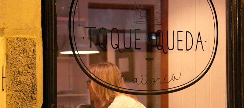 las mejores cafeterías de Mallorca, Toque de queda