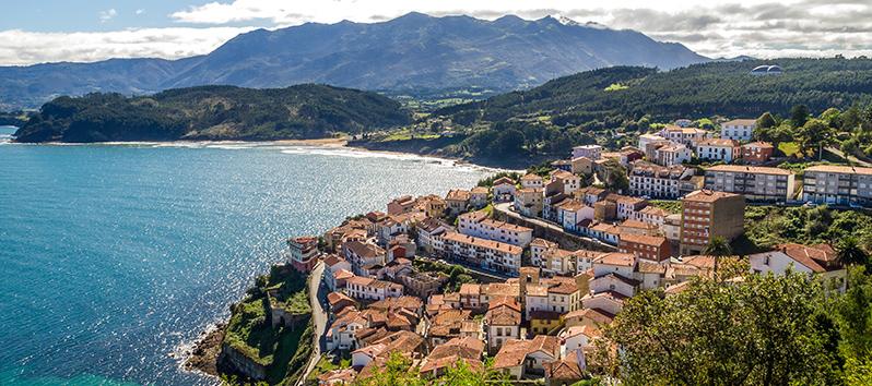 Pueblos pesqueros de España, Lastres (Asturias)