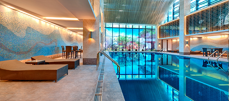 heated pool, tricks to find the perfect hotel