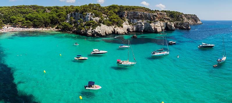 Cala Macarella, excursiones en barco en Menorca
