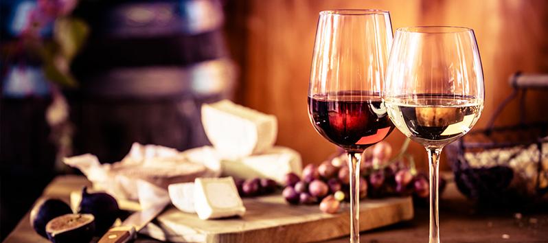 tomar un vino, barrio de la lonja