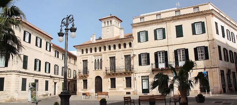 plaza de España en Mahón, Menorca