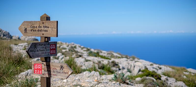 Nordic Walking en la Sierra de Tramuntana_Ferrer Hotels